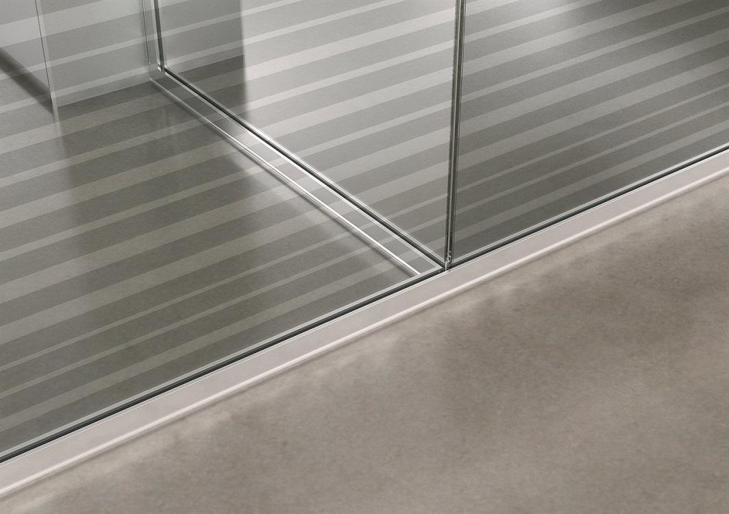 Dettaglio-parete-divisoria-in-vetro-Riganelli-Arredamenti