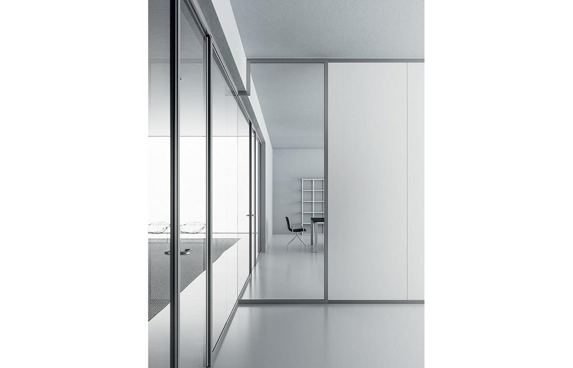 Monovetro-parete-divisoria-con-moduli-scorrevoli-riganelli