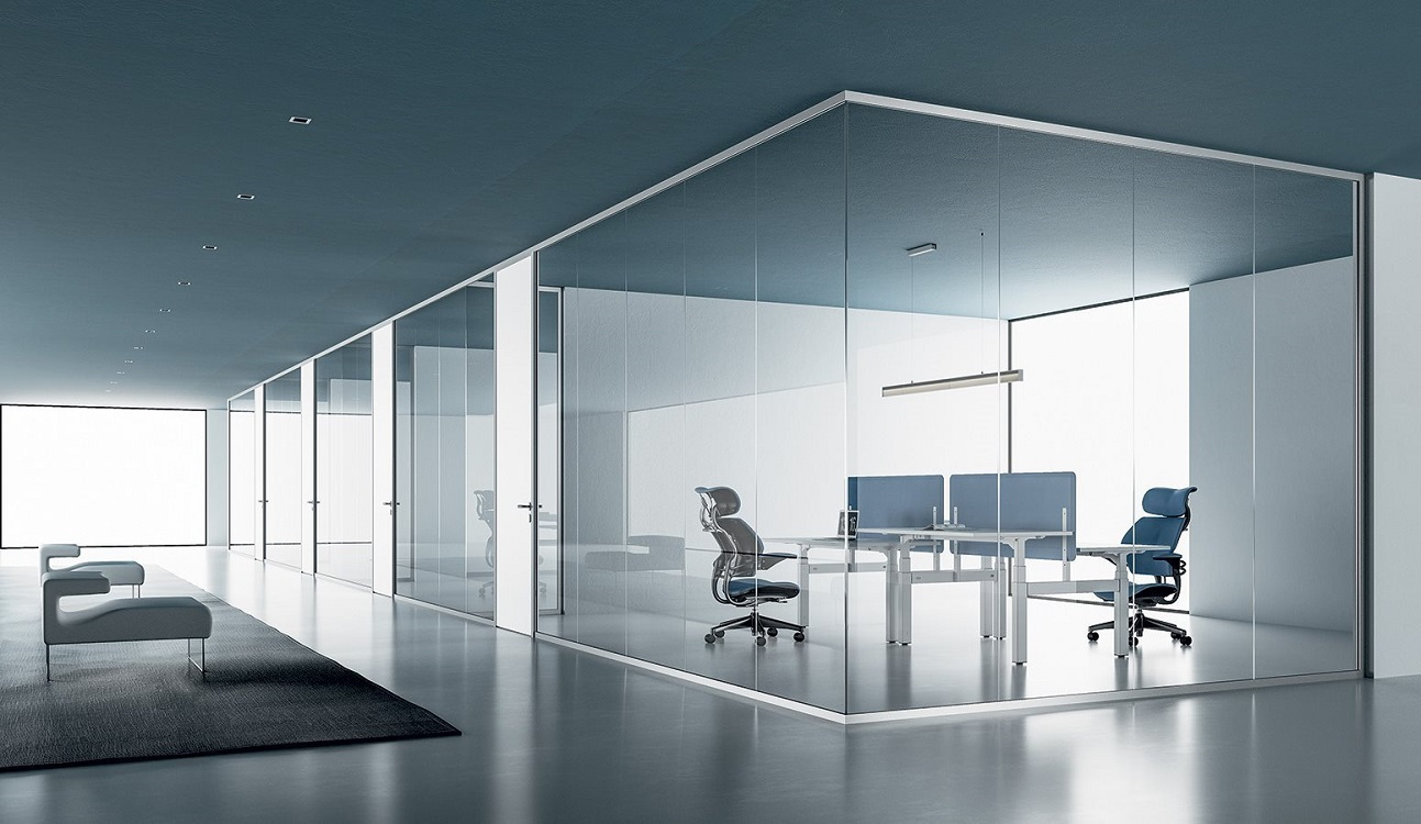 Monovetro-parete-divisoria-e-attrezzata-in-vetro-divisa-in-moduli-riganelli