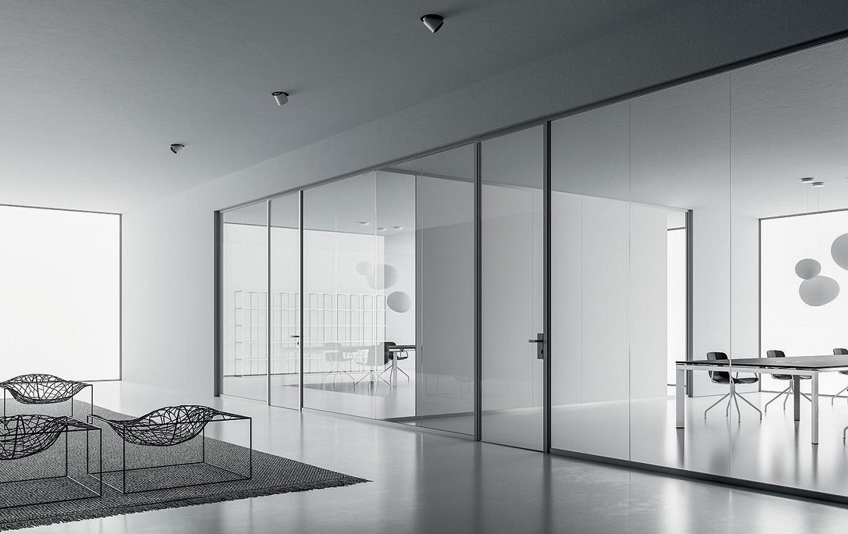 Monovetro-parete-divisoria-e-attrezzata-in-vetro-riganelli