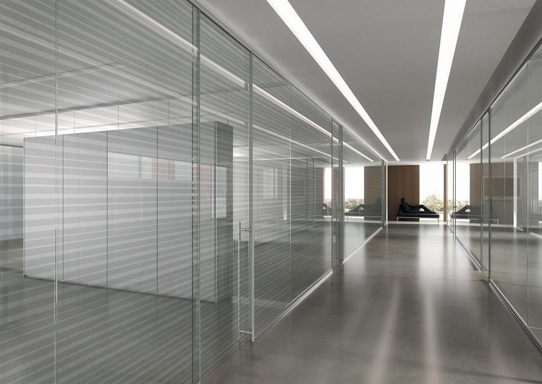 Monovetro-parete-divisoria-uffici-Riganelli-Arredamenti