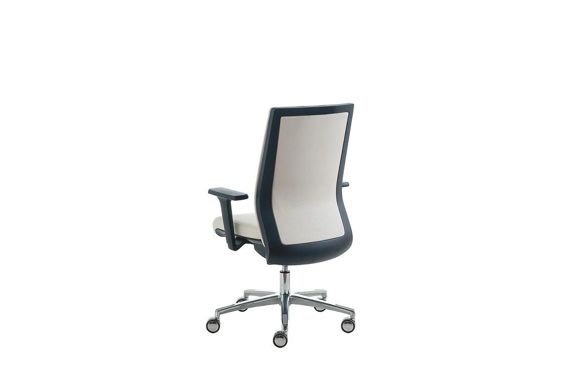 Karma-sedia-ufficio-operativa-riganelli