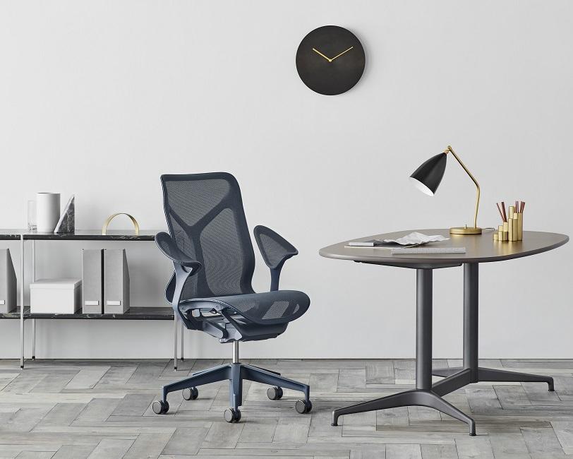 Cosm poltrona direzionale ergonomica e di design herman miller - riganelli