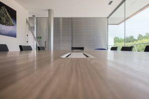 tavolo riunione lungo con poltroncine - riganelli