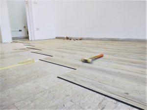2_Arredo negozio contract realizzazione pavimento - riganelli