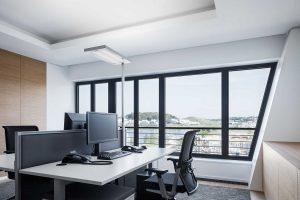 illuminare la scrivania la postazione lavoro - riganelli