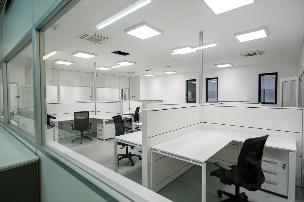 pareti divisorie in vetro per ufficio - riganelli