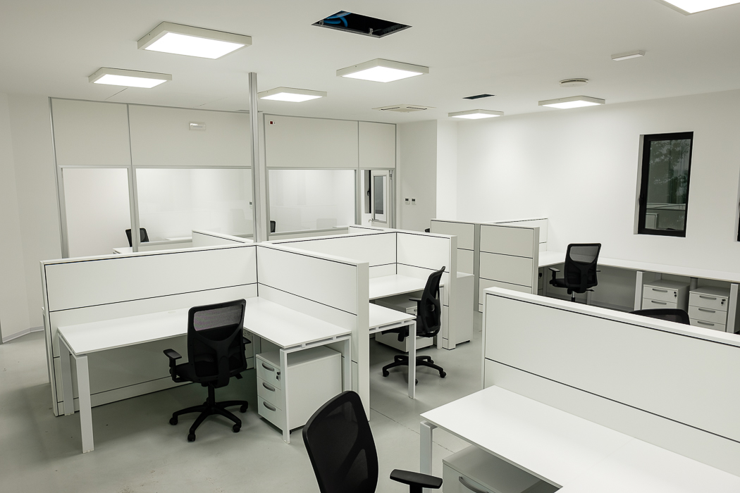 scrivania operativa e sedia ufficio bursa rete evolution - riganelli
