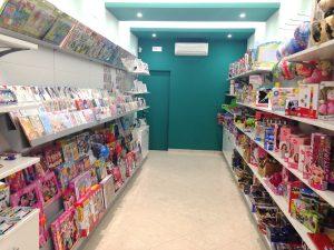 Realizzazione-negozio-tabaccheria-articoli-da-regalo-Riganelli-Arredamenti-1