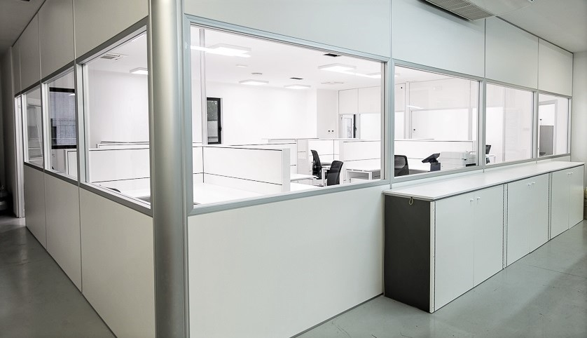 Progettazione e installazione pareti divisorie e attrezzate