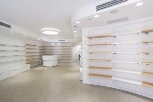 progettazione e montaggio arredo negozio farmacia e parafarmacia - riganelli