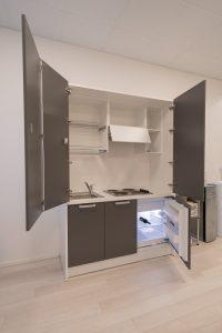 cucina monoblocco con frigorifero per ufficio riganelli