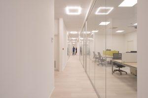 montaggio pareti divisori e mobili ufficio in provincia di macerata - riganelli