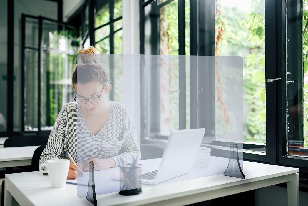 schermi di protezione in plexiglass - riganelli