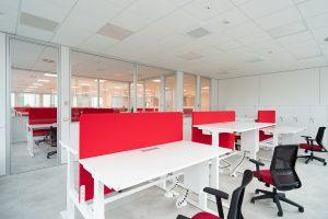 scrivania elevabile con pannello divisorio - riganelli