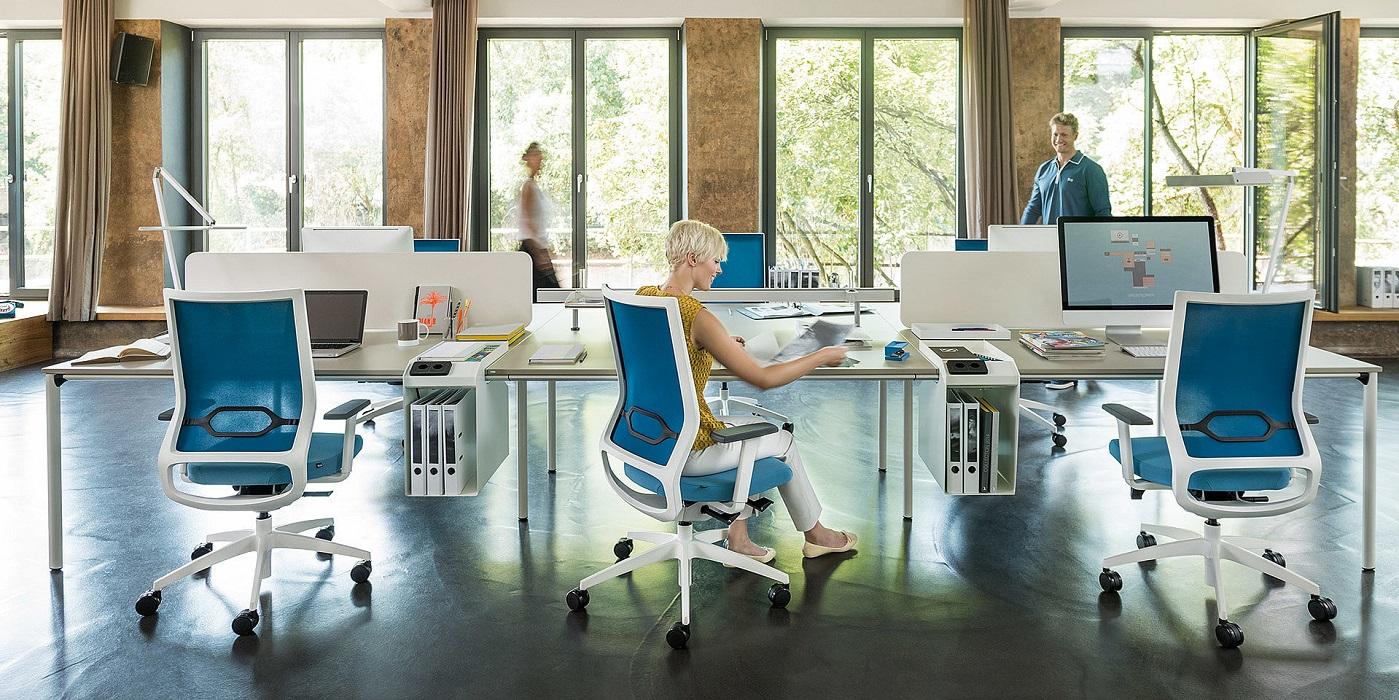 Come descriveresti la tua attuale seduta in ufficio?