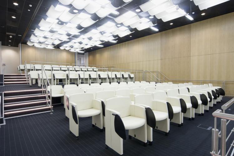 klipp poltroncine per sala conferenze -riganelli