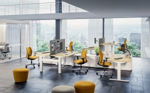 Scrivanie elevabili per uffici senza postazioni fisse -riganelli