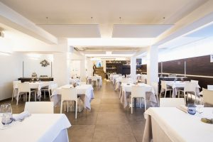installazione pannelli fonoassorbenti per ristoranti locali pub bar - riganelli